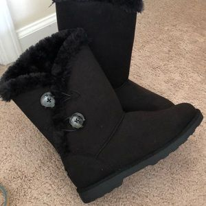 Makalu black fur boots